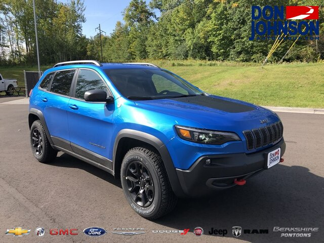New 2020 Jeep Cherokee Trailhawk 4WD
