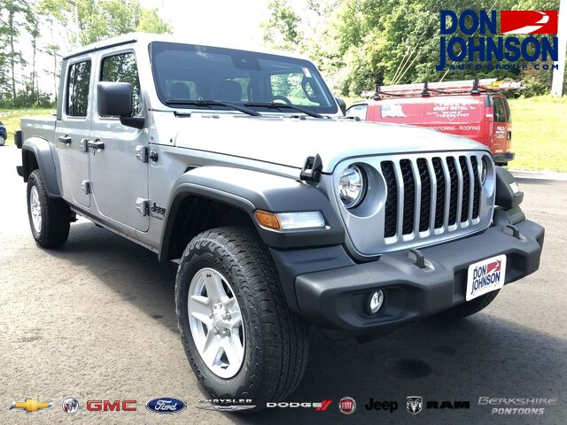 New 2020 Jeep Gladiator S