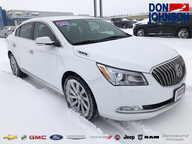 Pre Owned 2016 Buick Lacrosse Leather Fwd Sedan